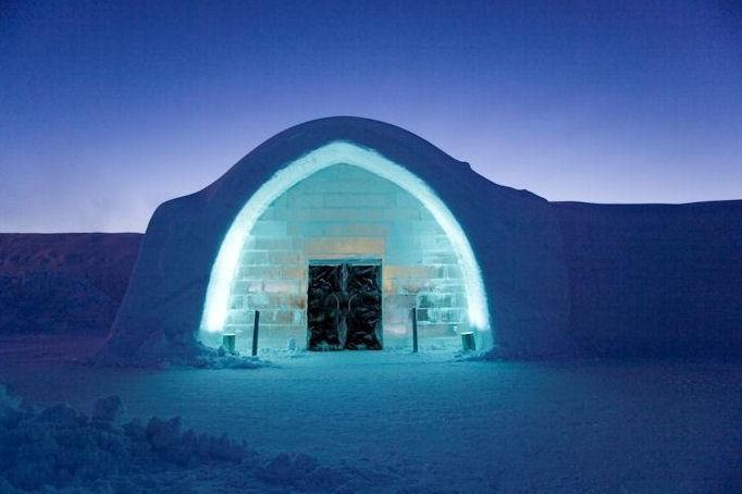 Śnieżny hotel w Finlandii – Snowhotel